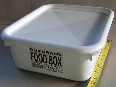 8 X Commercial 10L Food Plastic Storage Container Lid Stackable AUST MADE