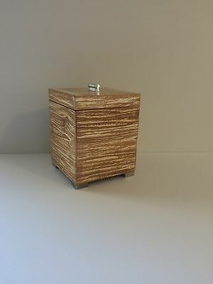 Wooden Ice Bucket for Home Bar and Alfresco Dining and Outdoor Table Decorations