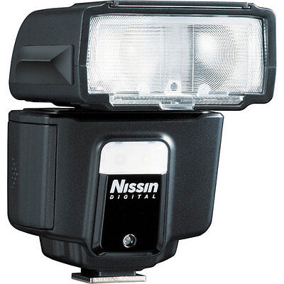 Nissin i40 Flash for Fuji Cameras