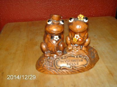VINTAGE TIC -FROGS BOY & GIRL BOTTLE TOPPERS OR CORKS SAYS: WISCONSIN DELLS