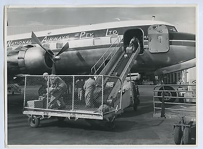 1950's Phot Aust Nat Airlines Douglas Dc-6B Vh-Inh Aircraft Adelaide Airport P47
