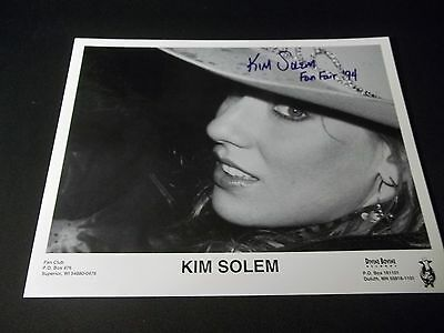 SEXY KIM SOLEM Signed AUTOGRAPHED 8X10 PHOTO COUNTRY MUSIC ARTIST FAN FAIR '94