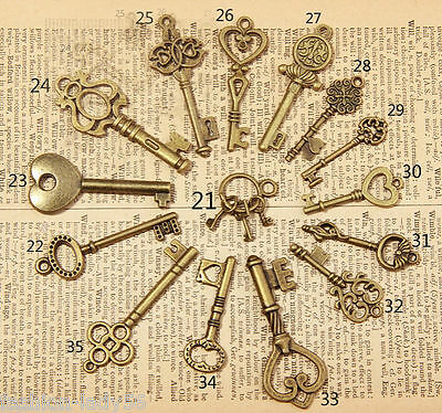 15 Antique Old Vintage Look Skeleton Keys Lot Bronze Tone Pendants Jewelry Mix