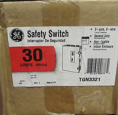 GENERAL ELECTRIC TGN3321 General Duty 3 Pole 30 Amp 240 V Safety Switch