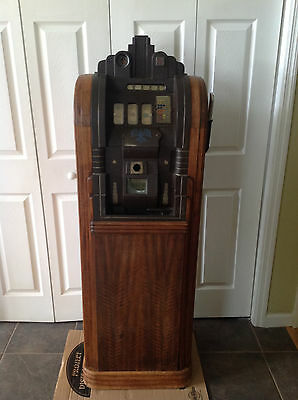Mills 25 Cent Extraordinary with Original Cabinet Possible Delivery