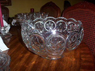 DEPRESSION GLASS CRYSTAL MOON AND STAR PUNCH BOWL (NO LADLE)