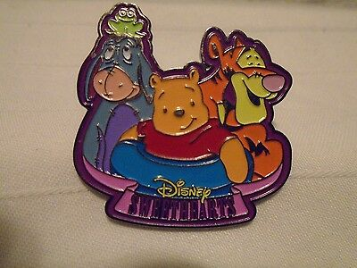 Disney Store  Winnie The Pooh And Friends Sweethearts Dolls Pin