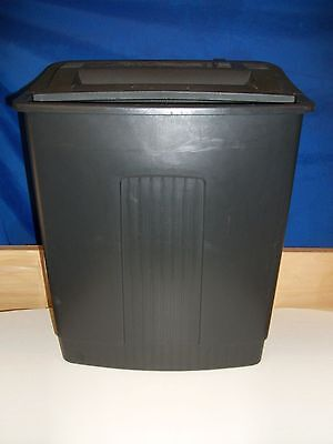 Fellows Paper Shredder  w/5 Gallon basket