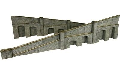 Metcalfe Tapered Retaining Wall in Stone OO Gauge Card Kit PO249