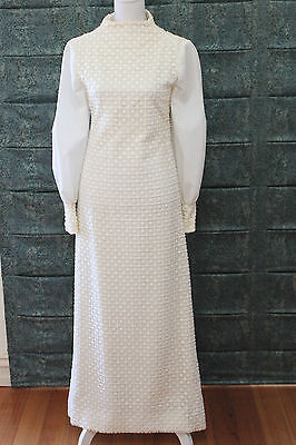 Fab Vintage 1971 Mod Wedding Dress - Custom Made with Quality Size Small (6 - 8)