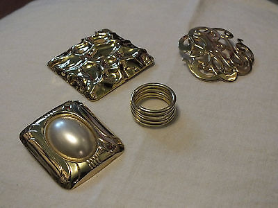 Collectible Gold Tone Set 4 Scarf Clips Faux Pearl Cabochon Openwork Ring WOW