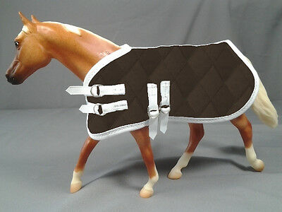 1:9 Scale Model Horse Blanket, Qulted Brown