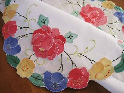 Beautiful Hand Applique Rose Embroidery Oval Shape Cotton Table Topper Placemat