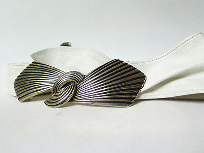Vintage Retro 70's 80's Belt White Leather Madonna Gold Hook Latch