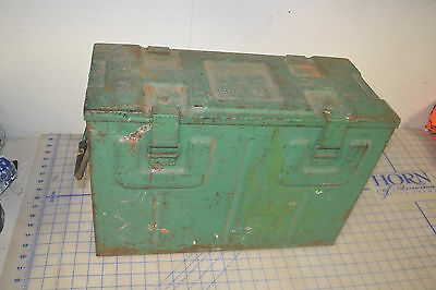 B 166 II 1942 FKI military can ammo rounds container w/ handle war vintage