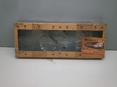 Wiremold 5747-6 Six-Gang Shallow Switch Receptacle Box 500/700 Raceway Fitting