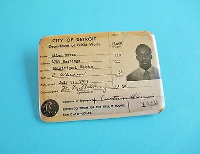 Vintage City of Detroit Department of Public Works Employee Badge 1943 Photo