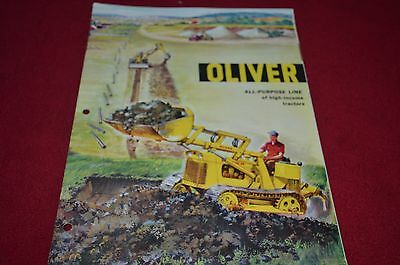 Oliver Tractor Industrial Equipment Buyers Guide 59-60 Dealer's Brochure DCPA2