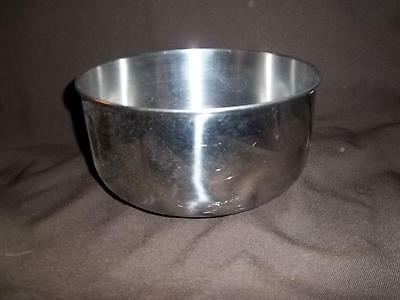 Stainless Steel Large Mixing Bowl 8 7/8 inch diameter