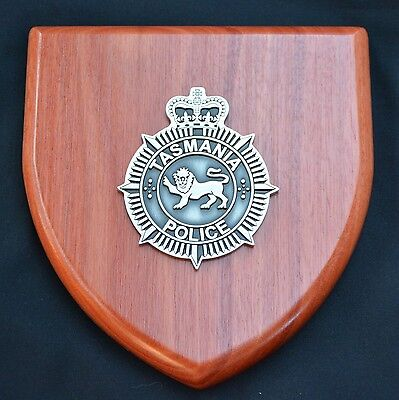 Tasmania Police Plaque with 2 mini Patches