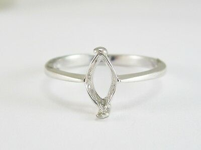 Ladies 18K White Gold Marquise Cut Solitaire Engagement Ring Mount 2.3G