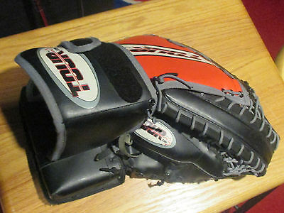 Easton Tour Cdn Adult Sized Left Hand Goalie Catcher Mitt Glove Fair To Good