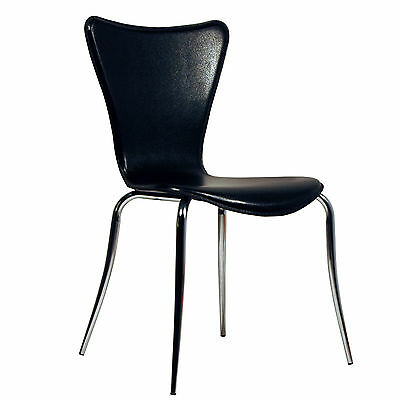 Set of 4 Arne Jacobsen Series 7 Stacking Chairs In Black Leather