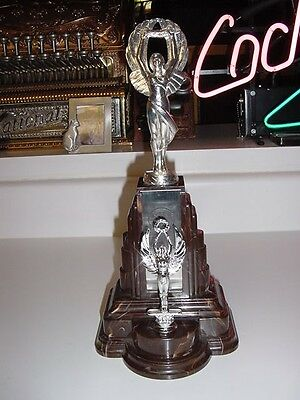 SS UNITED STATES LINES  Large Bakelite Trophy  /  1968 Three Continent Seafari