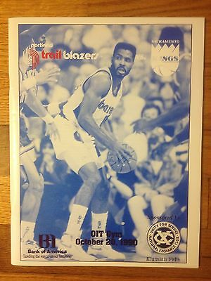 1990 TRAIL BLAZERS KINGS Team Signed Program PETROVIC KERSEY ABDELNABY TISDALE +