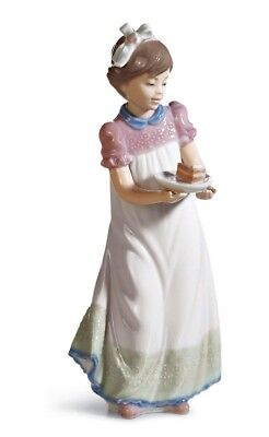 Lladro Porcelain Happy Birthday Girl with Cake Figurine Ornament 01005429 New