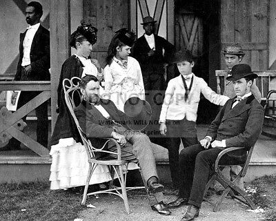 President Ulysses S. Grant With Wife And Others - 8X10 Photo (Bb-075)
