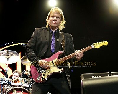 """James """"J.Y."""" Young, Styx Photo 8x10 or 8x12"""" 2011 Live Concert Manchester UK s46"""