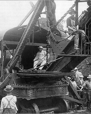 Theodore Roosevelt At Panama Canal Construction - 8X10 Photo (Zz-205)