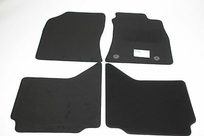 Fully Tailored Car Floor Mats - Toyota HILUX Pickup 2005 Onwards, Black