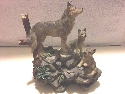 3 Wolf Ceramic Figurine
