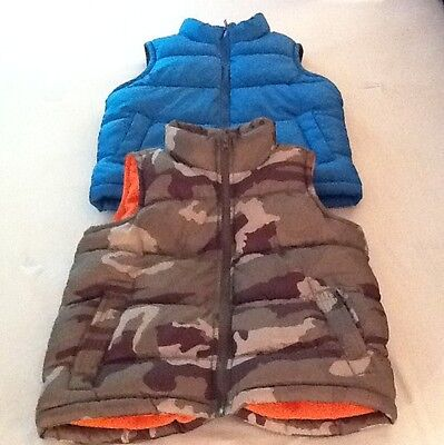 Lot Of 2 Kids Old Navy Puffy Vest~ size small 6/7