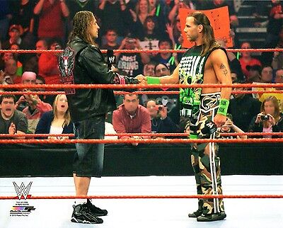 """WWE PHOTO BRET HART & SHAWN MICHAELS 8x10"""" OFFICIAL WRESTLING PROMO"""