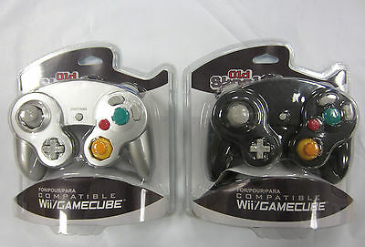 Old Skool Silver & Black Wired Dual Analog Controller Set for Game Cube and Wii