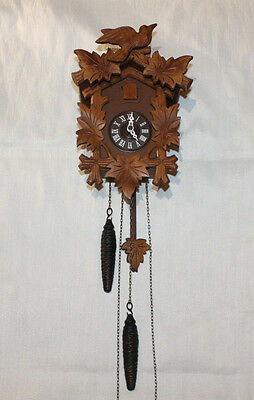 Vintage Cuckoo Clock with Five Hand-carved Maple Leaves & Bird