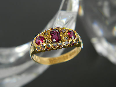 ANTIQUE VICTORIAN 18CT GOLD GARNET AND DIAMOND RING! RING FROM YEAR 1885 or 1910