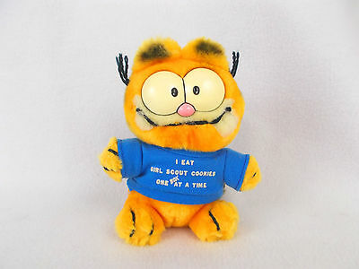 """1981 Vintage Garfield 6"""" Plush Toy Girl Scout Cookies T-shirt Very Rare"""