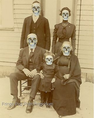 "SATIRE HEALTH SKELETON FAMILY BABY FIRST TOOTH 12x16 /"" POSTER ART PRINT HP3581"