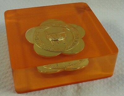 Plakette Medaille eingegossen - Ministry of Education  - Republic of China (50)