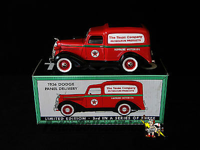 Spec Cast 72060 Texaco Havoline 1936 Dodge Panel Delivery 1:25th Scale Die-Cast