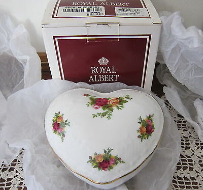 Royal Albert Victorian Heart Shaped Trinket Box Old Country Roses New N Box