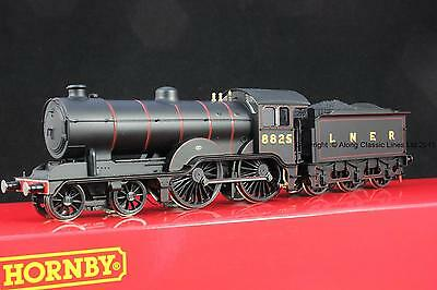 Hornby R3233,OO Gauge, LNER Class D16/3, 4-4-0  Locomotive 8825 in LNER Black