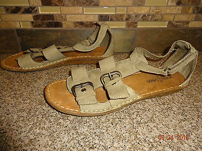 Womens Sz 8 MINNETONKA MOCCASINS Clay Leather Sandals Shoes Buckle Closures