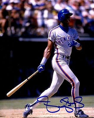 DARRYL STRAWBERRY AUTOGRAPHED HAND SIGNED 8X10 PHOTO NEW YORK METS w/COA
