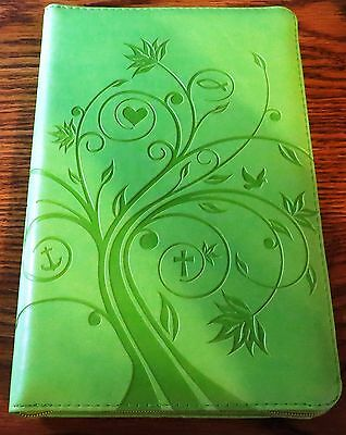 """Russian Bible, Green Color with index 7.5"""" X 5"""" & Zipper"""