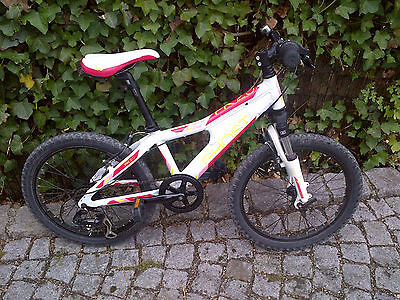 20 zoll kinder mountainbike pink wei hard tail. Black Bedroom Furniture Sets. Home Design Ideas